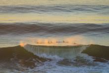 Big Beautful Perfect Surfing W...