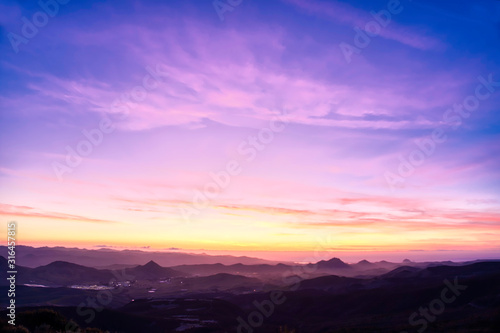Obraz Purple, Magenta Sunset over Mountains  - fototapety do salonu