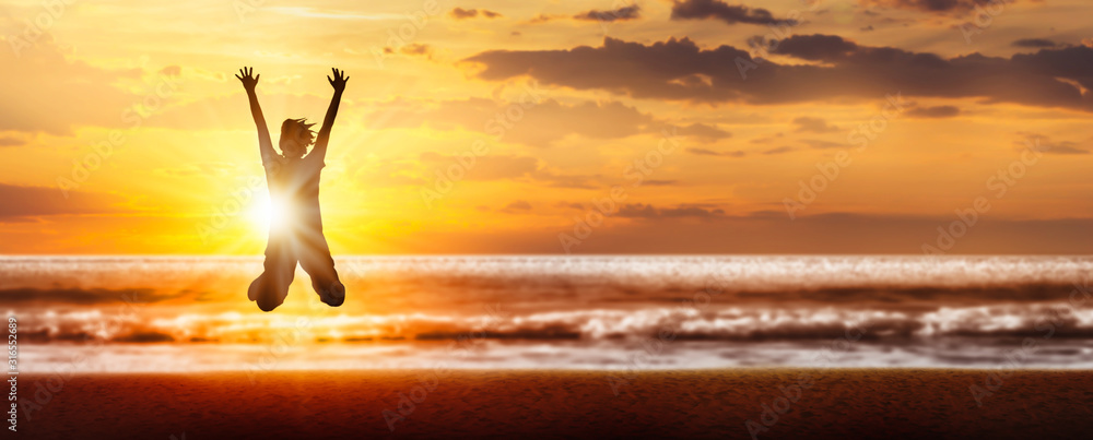 Fototapeta freudensprung silhouette am strand