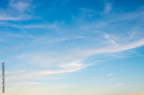 Fototapeta Vivid sky illuminated by the sunset obraz