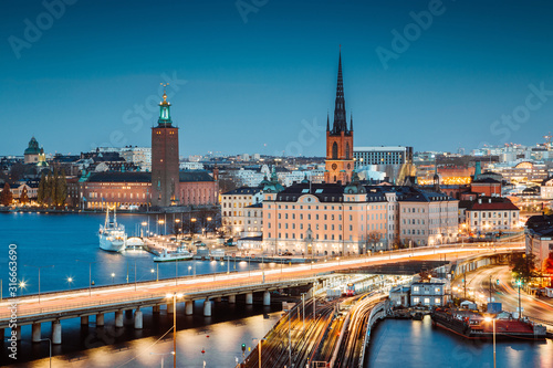 Photo Stockholm skyline panorama at twilight, Sweden, Scandinavia