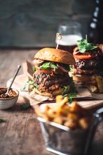 Hamburger De Boeuf Sauce Satay