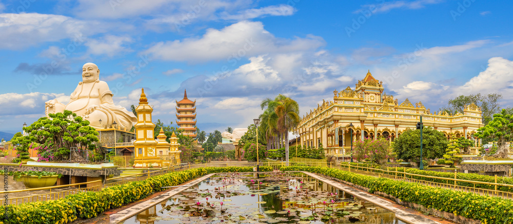Fototapeta Landscape with Vinh Tranh Pagoda in My Tho, the Mekong Delta, Vietnam
