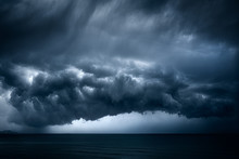 Dark And Dramatic Stormy Cloud...
