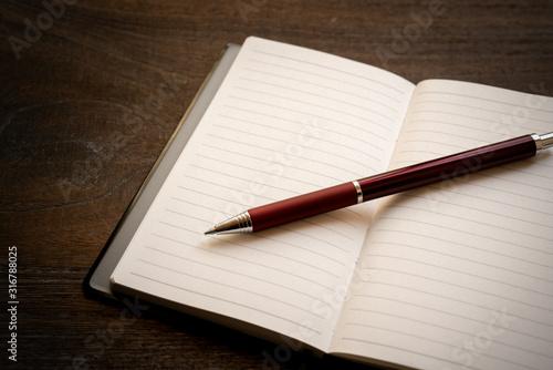 手帳とボールペン Canvas Print