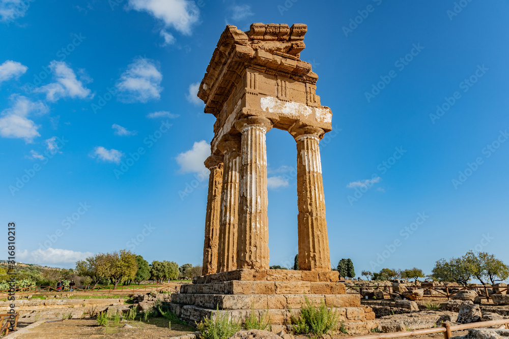 Fototapeta Temple of Dioscuri (Castor and Pollux). Famous ancient ruins in Valley of Temples, Agrigento, Sicily, Italy.