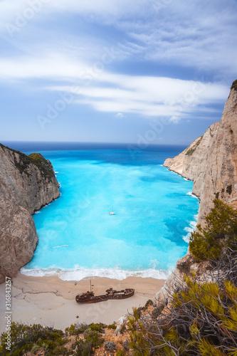 фотография Epic view to Navagio beach with shipwreck on Zakynthos island in Greece