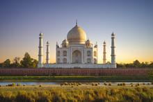 Unesco Taj Mahal In Agra, Indi...