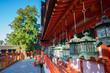 奈良 春日大社の中門と御廊(おろう)と大杉