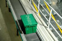 Break Case On Roller Conveyor ...