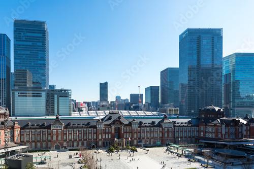 (東京都ー都市風景)東京駅と駅前広場の風景4 Canvas Print