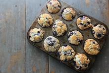 A Dozen Homemade Blueberry Muf...