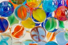 カラフルなガラス玉