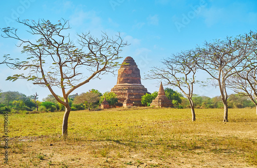 The ruins of Inn Pagoda, Bagan, Myanmar Canvas Print