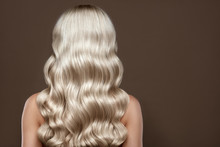 Healthy Long Blonde Shiny Wav...