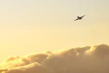 夕焼け空の離陸