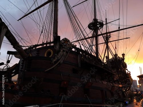 Galleons are fascinating historical ships © POINTLIGHT