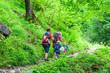 Leinwandbild Motiv Junge Familie beim Wandern in den Oberstdorfer Bergen