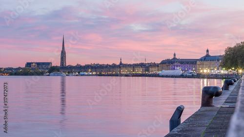 Fotografie, Tablou Sunset rosé sur bordeaux