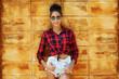 Leinwanddruck Bild - Stylish woman in sunglasses - outdoor fashion street portrait