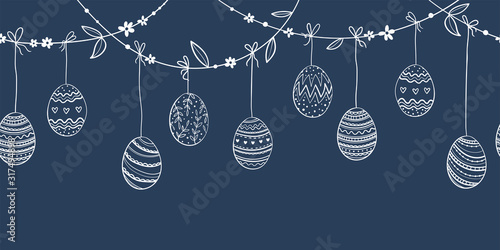 Photo Cute hand drawn hanging easter eggs horizontal seamless pattern, fun garland, gr