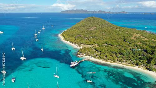Obraz Caribbean islands & sea aerial view, St. Vincent & Grenadines - fototapety do salonu
