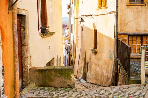 narrow-street-in-old-town