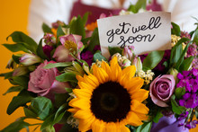 """""""get Well Soon"""" Note On A Nice Flower Bouquet"""