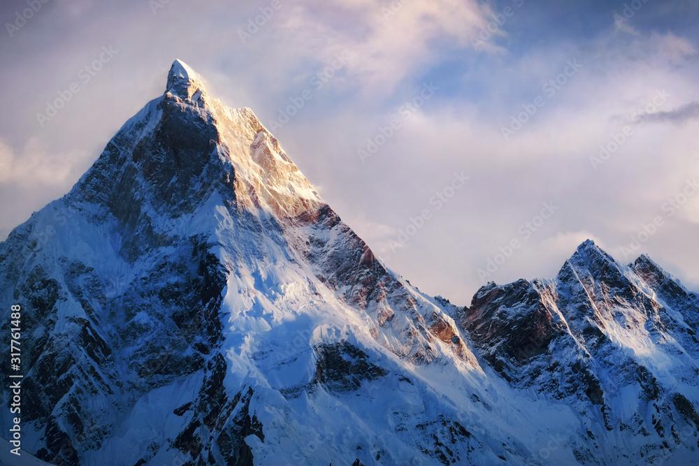 Fototapeta Panoramic view of beautiful snowy Masherbrum peak in Karakoram mountain range during sunset light