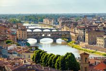 Ponte Vecchio, Arno River And ...