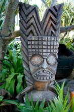 A Traditional Hawaiian Totem O...