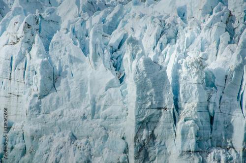 Photo Closeup of ice seracs of a melting glacier