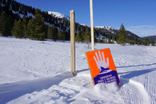 Avalanche Area Sign Alerts Win...