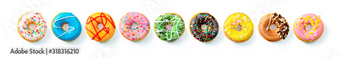 Photo Various colourful donuts in a row