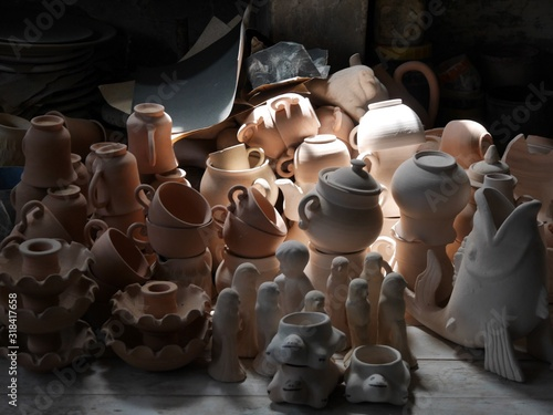 Fotografie, Obraz High Angle View Of Various Pottery At Market