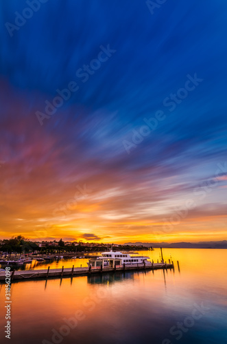 Canvas Print SCENIC VIEW OF SEA AGAINST SUNSET SKY