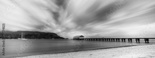 Canvas Print Long exposure of Hanalei Pier