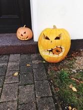 Jack O Lanterns Outside House ...