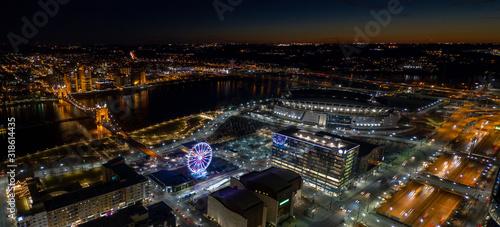 Fototapeta Cincinnati Ohio night aerial photo obraz na płótnie