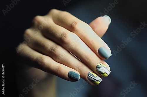 Cropped Hand Of Woman With Painted Fingernails Fototapeta