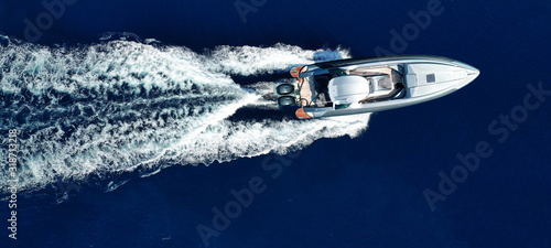 Fényképezés Aerial drone top view ultra wide photo of luxury inflatable rib speed boat cruis
