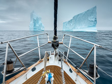 Ride Through Two Icebergs By Y...