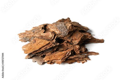 Photo Heap of Pine Tree Bark Chip Isolated