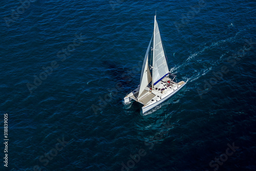 Photo Catamaran navigating