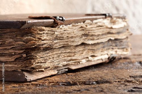 Old gospel book Fototapete