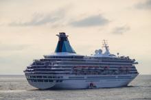 Classic Cruiseship Or Cruise S...