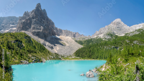 Fotografie, Obraz Palec Boga, czyli Dito di Dio nad jeziorem Sorapis