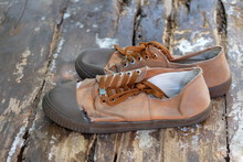 Brown Student Shoes Commonly U...