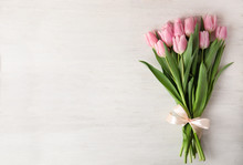 Beautiful Pink Spring Tulips O...