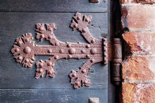 Rusty Hinge Of An Old Wooden D...